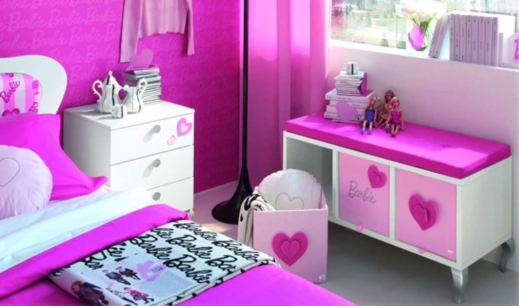 The Barbie room at Plaza Athénée, Paris.